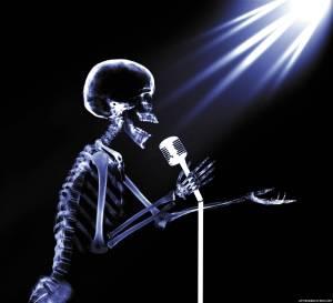 skeleton-mic